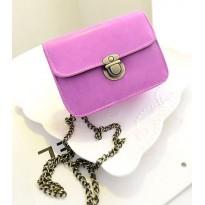 Малка вечерна дамска чанта - лилава