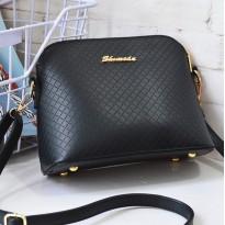 Стилна черна малка чанта от еко кожа