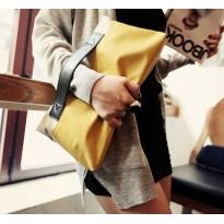 Жълта дамска чанта клъч