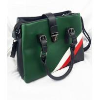 Стилна дамска чанта с изчистени цветове - Verona