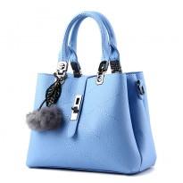 Модерна дамска чанта с пухче -  Modena