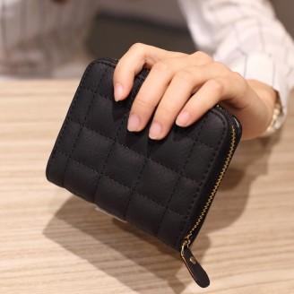 Красиво класическо дамско портмоне