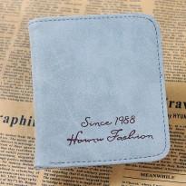 Синьо или бежаво дамско портмоне