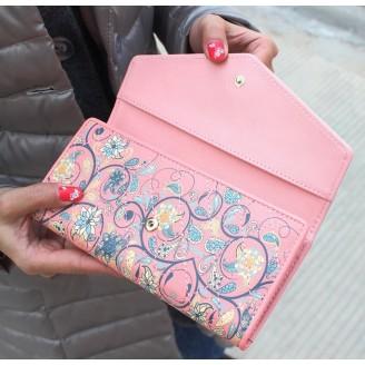 Луксозно розово дамско портмоне